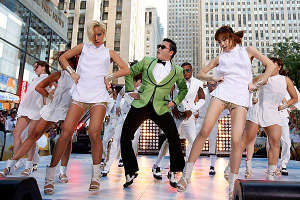 0921-Gangnam-Style_full_600